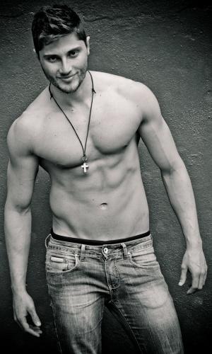 Santa Cruz do Sul - André Grassi (25 anos, 1,88m)