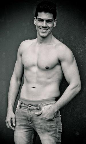 São Gabriel - Lorhan Nunes (23 anos, 1,84m)