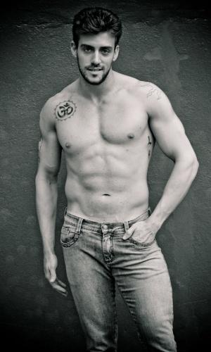Torres - Bernardo Stern (25 anos, 1,85m)