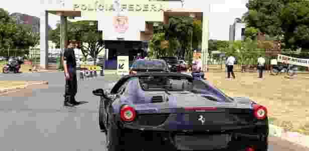 Ferrari apreendida durante a Operação Miqueias, da Polícia Federal, em Brasília - Pedro Ladeira/Folhapress