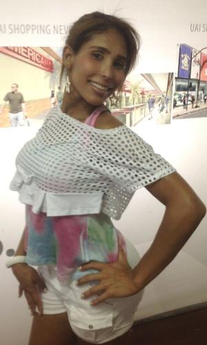 28.set.2013 - Candidata do Miss Pantera Transex 2013