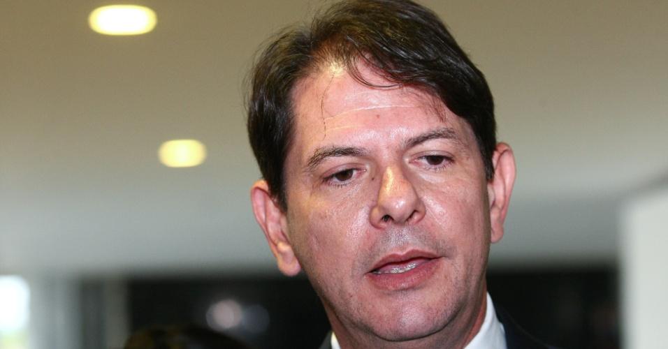 27.set.2013 - O governador do Ceará, Cid Gomes, anunciou no final da noite desta quinta-feira (26) sua saída do PSB, depois de uma reunião com prefeitos, vereadores e deputados do partido