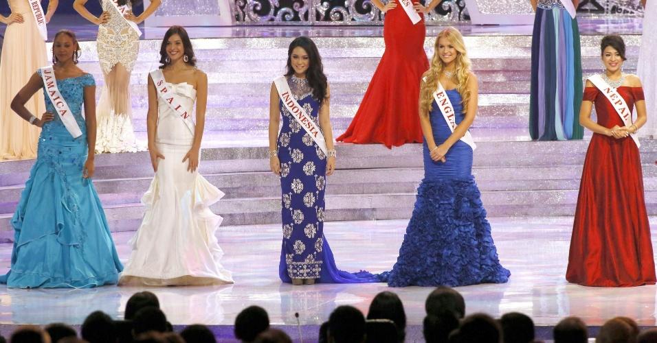 28.set.2013 - Misses da Jamaica, Espanha, Indonésia, Inglaterra e Nepal se apresentaram para os juízes durante o Miss Mundo 2013