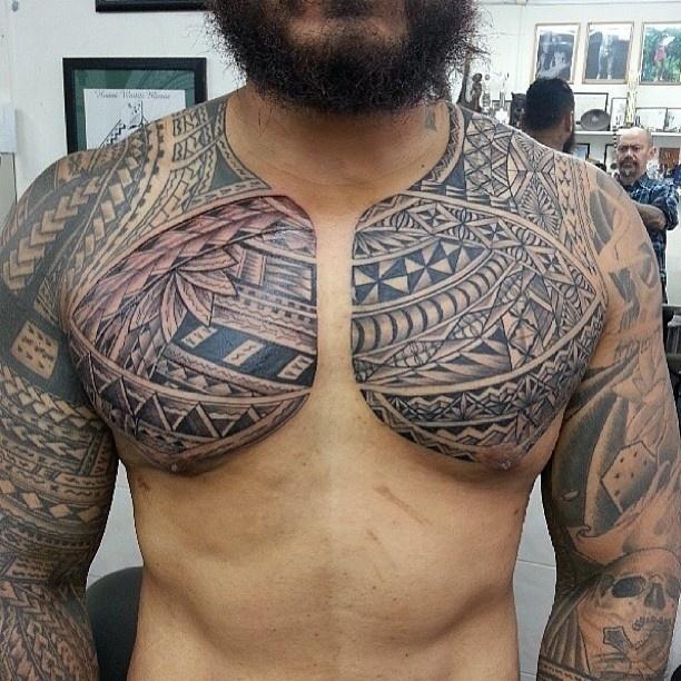 28.set.2013 - Tatuagem feita pelo artista Steve Ma Ching, da Nova Zelândia. Ele participa da 9ª Convenção Internacional de Tatuagem em Londres. O evento reúne cerca de 300 artistas de várias parte do mundo