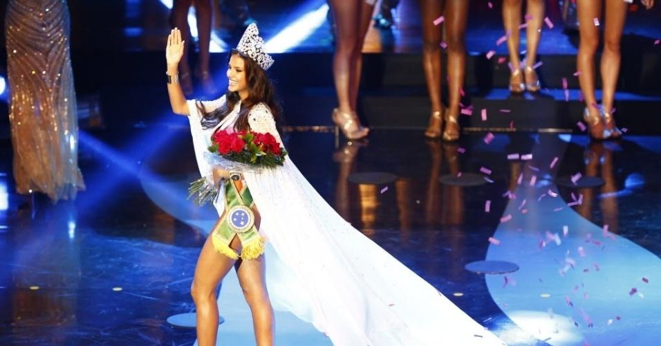 29.set.2013 - A miss Mato Grosso vence o Miss Brasil 2013, realizado em Belo Horizonte, neste sábado (28)