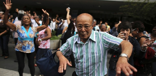 Estudos mostram que alimentação saudável melhora (e muito) a qualidade de vida na velhice - Nacho Doce/Reuters