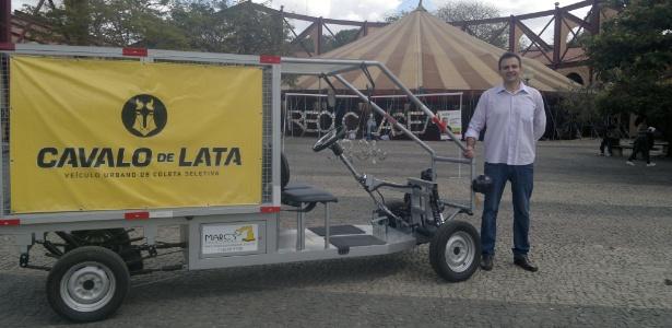 O Cavalo de Lata possui baterias recarregáveis, tem capacidade para 500 kg e atinge até 25 km/h - Divulgação