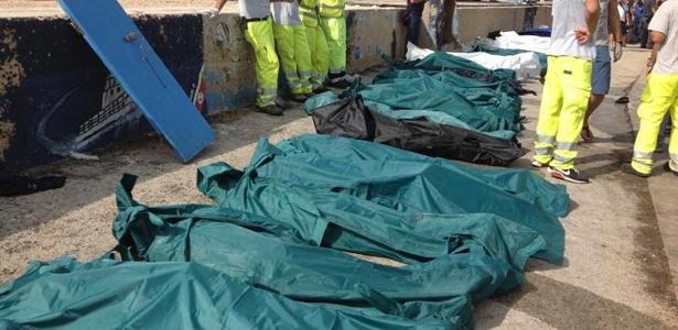 Navio que levava 500 pessoas tentava chegar à ilha de Lampedusa, no sul da Itália, quando naufragou  - Nino Randazzo/Reuters