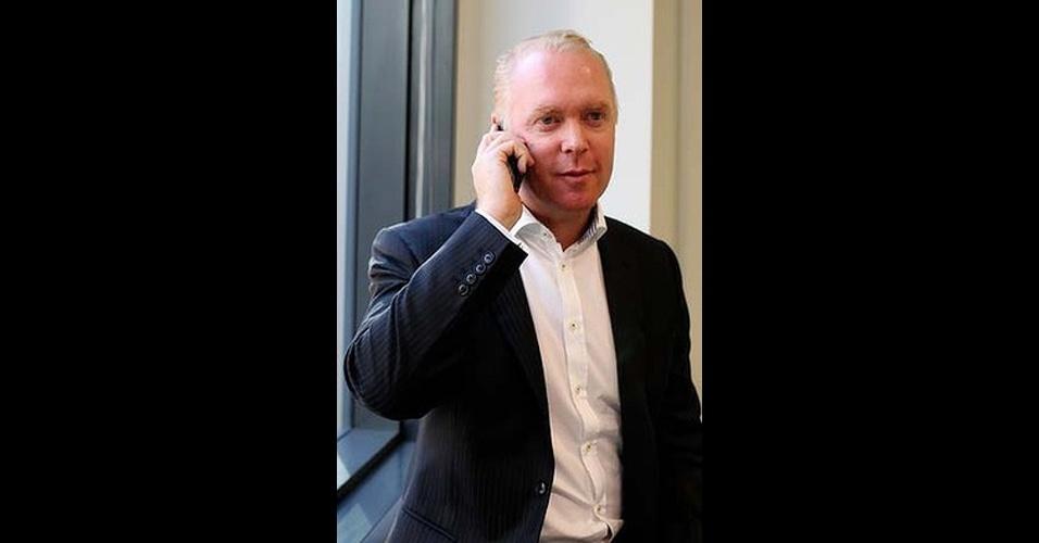 Valor da conta: R$ 19,6 mil - O empresário australiano Craig Bowater recebeu uma conta de celular de US$ 8.899 (R$ 19,6 mil) da operadora Telstra, depois de passar três dias em Cingapura. Depois de meses de negociação, segundo o ?Sidney Morning Herald?, acabou tendo de pagar 90% do valor da conta. ?A Telstra disse que eu tinha de pagar a quantia total porque sabia como o roaming de dados funcionava.? Depois de reclamar, a operadora ofereceu um reembolso de US$ 1.000 (R$ 2.205)