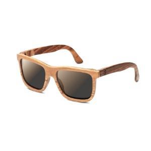 cd7fb7c11ef2d Óculos retrô e armação de madeira fazem empresa faturar R  50 mil ...