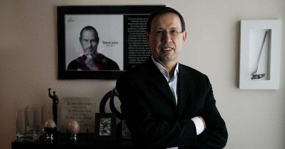 Carlos Wizard Martins, presidente da rede de ensinos Wizard, a maior franquia do país