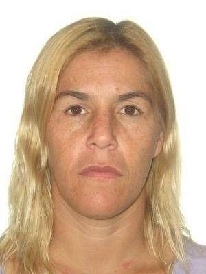 16.out.2013 - Anáusea Cristina Maciel Villanueva, 38, de nacionalidade uruguaia e brasileira, é procurada por tráfico internacional de armas