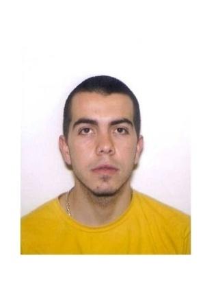 16.out.2013 - Gabriel Rolin Carvalho Kamers, 29, nascido em Laguna, Santa Catarina, é procurado por tráfico internacional de drogas