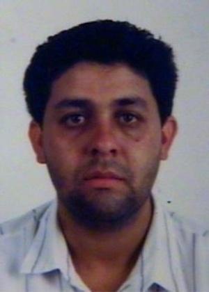 16.out.2013 - Gilmar Pompeo Cardenal, 44, é procurado por produzir, fabricar, vender e exportar drogas