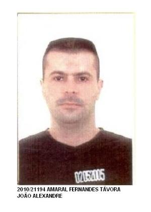 16.out.2013 - João Alexandre Amaral Fernandes Tavóra, 40, nascido no Rio de Janeiro, é procurado por crimes contra a propriedade, peculato e lavagem de dinheiro