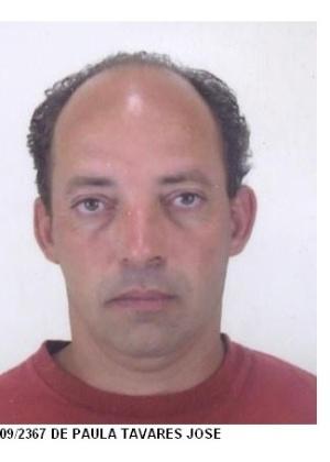 16.out.2013 - José de Paula Tavares, 51, nascido em Minas Gerais, é procurado por homício qualificado