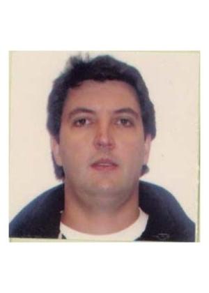 16.out.2013 - Valdir Barion Araujo, 41, é procurado por sequestro