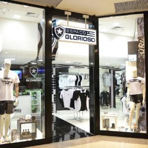 dfffa2c719c97 Corinthians é franquia que mais cresce entre lojas esportivas  veja ...