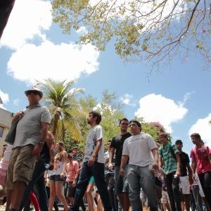 Candidatos chegam ao local de prova para o segundo dia do Enem no Campus da Unifor (Universidade de Fortaleza), no bairro Água Fria - Jarbas Oliveira/UOL