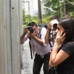 Candidatos chegam atrasados para o segundo dia de provas do Enem em unidade na Barra Funda, em São Paulo - Leandro Moraes/UOL