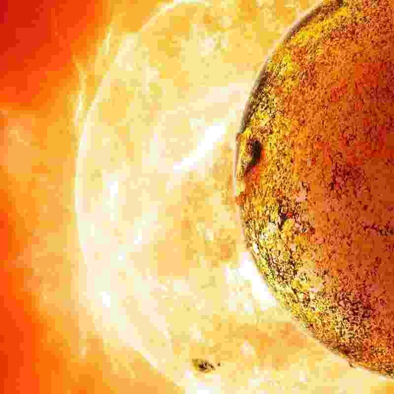 """30.out.2013 - O Kepler-78b, um planeta fora do Sistema Solar que foi descoberto em agosto, possui massa e tamanho similares ao da Terra, informa estudo publicado na """"Nature"""". Foi possível descobrir sua massa porque ele orbita muito perto de sua estrela. Mas este fato trouxe também uma má notícia, as temperaturas no planeta chegam à 3000 ºC, o que inviabiliza a vida. A descoberta é importante porque mostra aos cientistas que """"planetas extrassolares com uma constituição semelhante à da Terra não constituem um fato extraordinário"""" - David A. Aguilar (CfA)"""