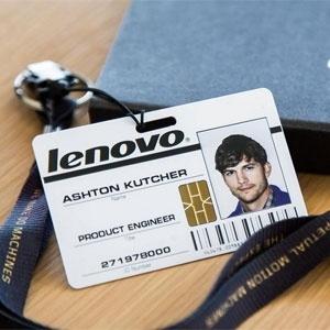 Lenovo divulgou no Twitter crachá do ator Ashton Kutcher, que trabalhará como engenheiro de produto  - Divulgação/Twitter