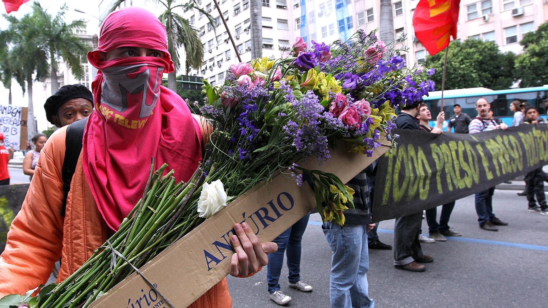 31.out.2013 - Manifestantes participam do ato