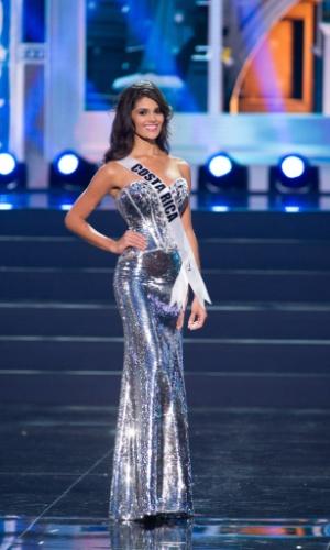 5.nov.2013 - Fabiana Granados, Miss Universo Costa Rica 2013, desfila em traje de gala durante Competição Preliminar do Miss Universo. A final acontece neste sábado (9) em Moscou, na Rússia
