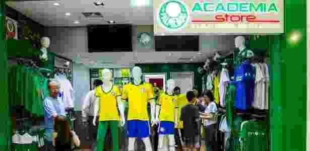 Palmeiras dá 50% de desconto para sócio-torcedor abrir franquia do ... daa0baf3b93ec