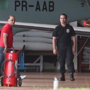 O publicitário Marcos Valério ao ser preso pela PF pelo mensalão do PT, em novembro do ano passado - Pedro Ladeira - 16.nov.2013/Folhapress