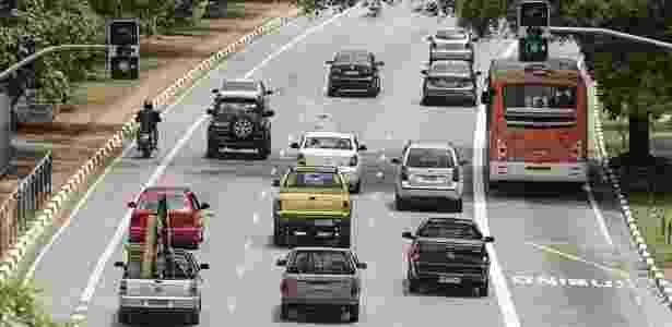 Objetivo é reestruturar as 1.300 mil linhas de ônibus existentes na cidade - Eduardo Knapp/Folhapress