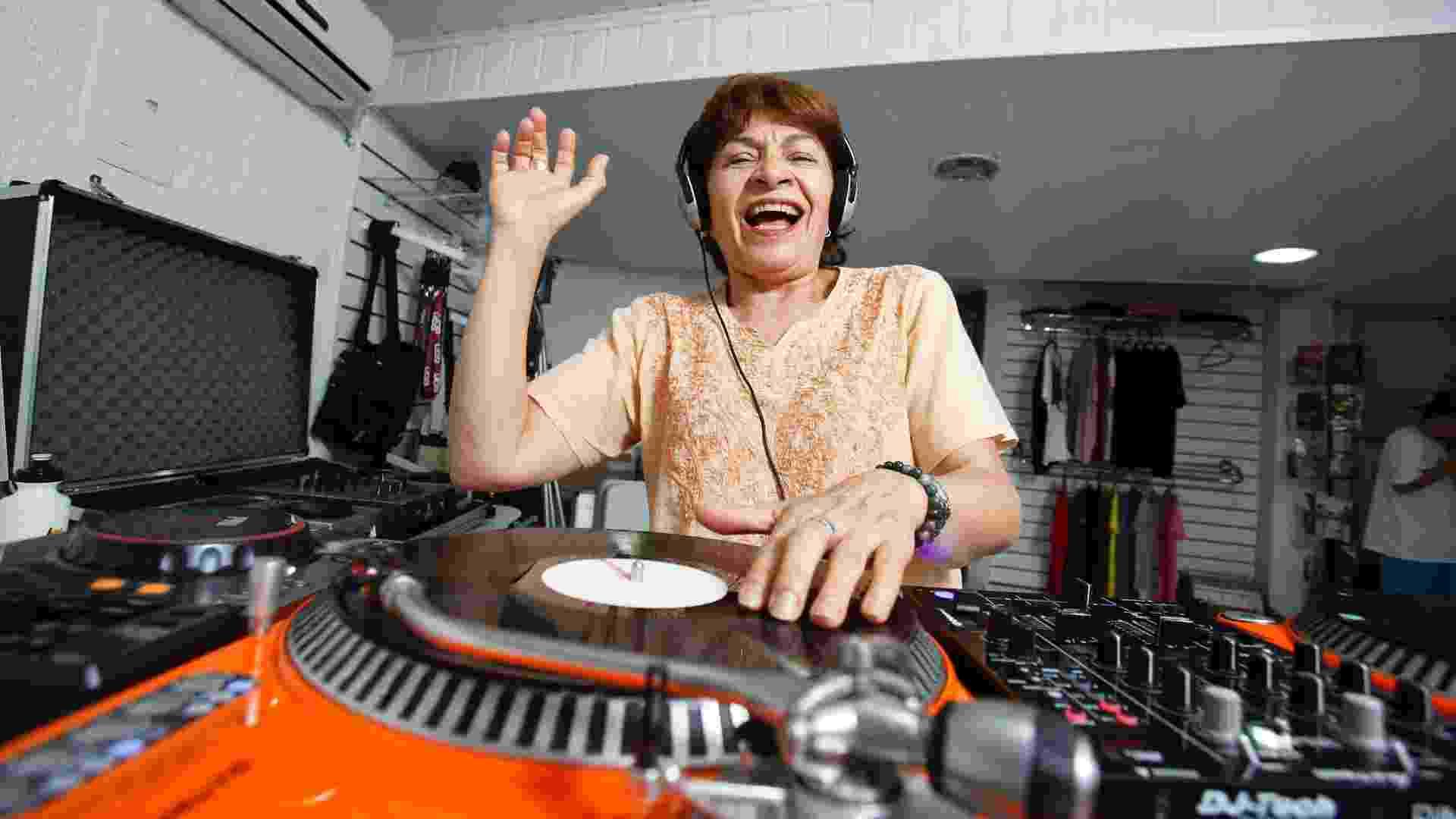 E-DJs, escola de DJ fundada pela empreendedora Lisa Bueno - Wanezza Soares/UOL