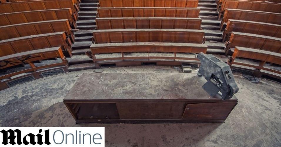 Universidade abandonada na Bélgica