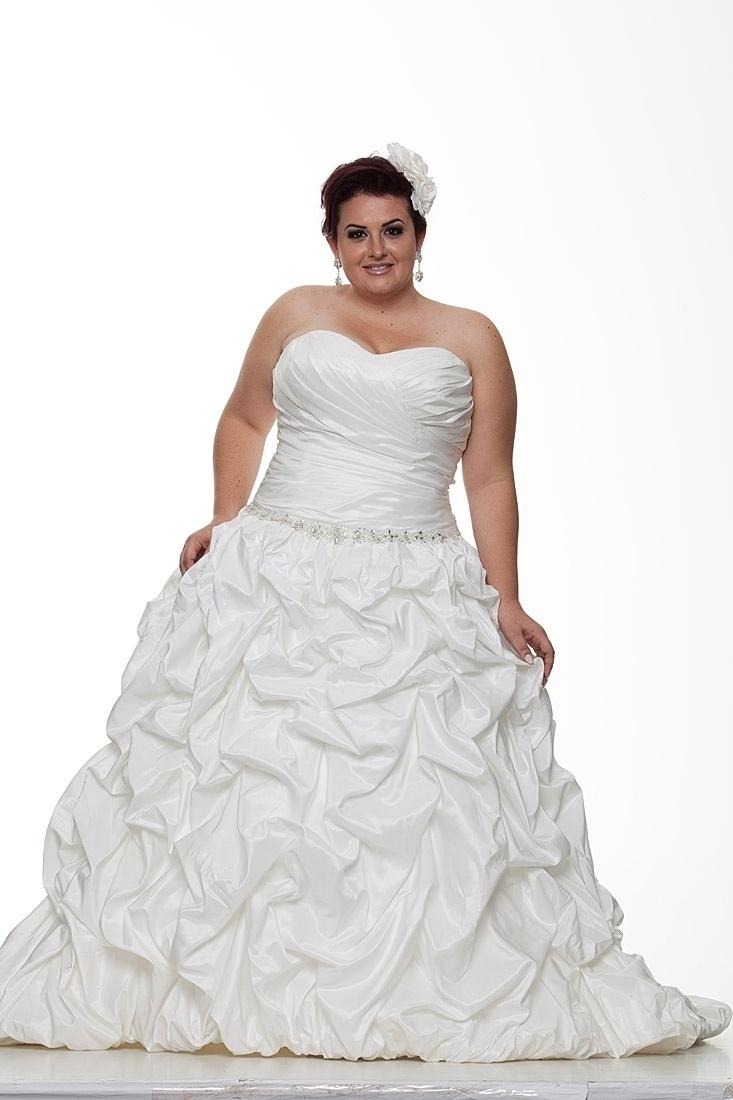 Vestido de noiva plus size da Fashion Noivas