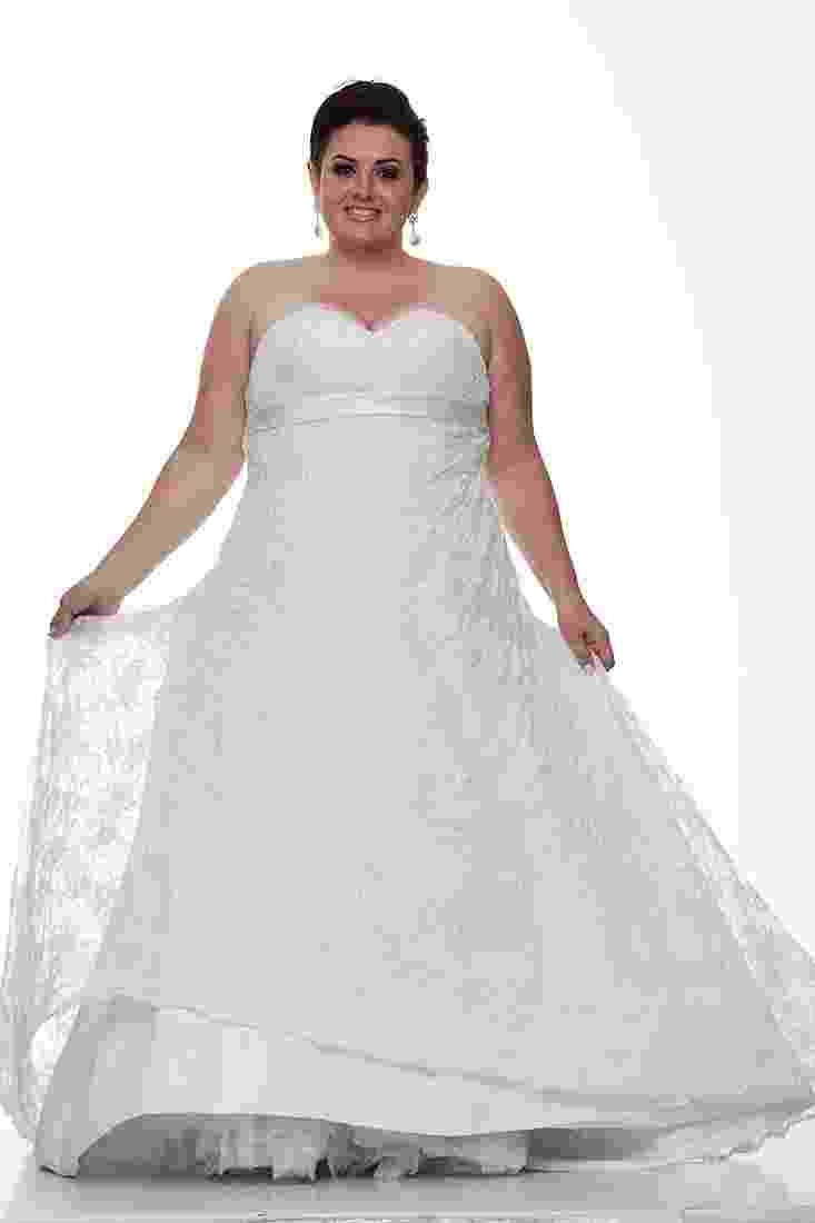 Vestido de noiva plus size da Fashion Noivas - Divulgação