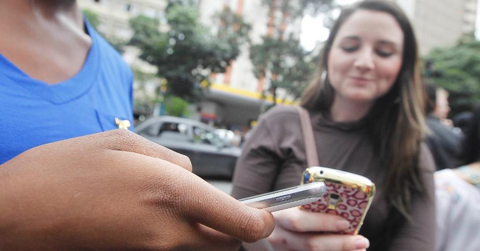 Em São Paulo, inscritos no Enade (Exame Nacional de Desempenho de Estudantes) 2013 esperam início da prova