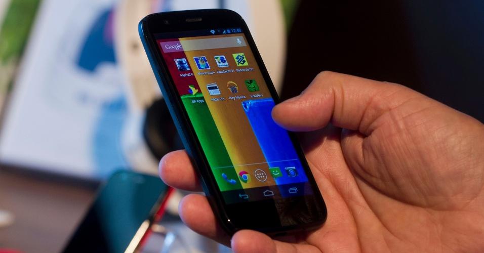 Smartphone Moto G roda Android 4.3 (Jelly Bean); Motorola garante atualização do sistema para as versões mais recentes