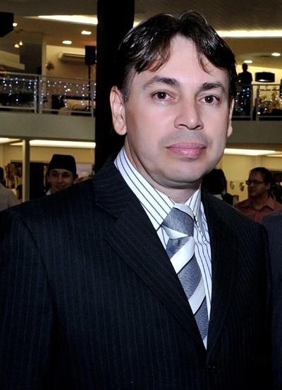Empresário Claudinei dos Anjos, dono da rede de franquias Anjos Colchões