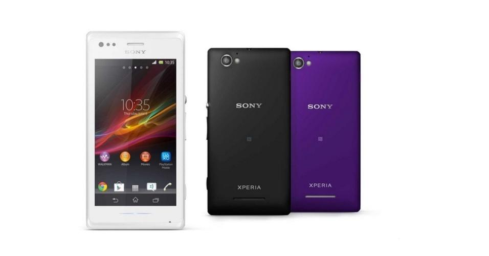 13.dez.2013 - A Sony lançou no Brasil o Xperia M, um smartphone intermediário por R$ 899 com duas entradas de chip. Ele tem processador dual-core (dois núcleos) de 1 GHz, 1GB de RAM, câmeras VGA e de 5 megapixels, 4 GB de armazenamento e entrada de cartão micro SD (expansível até 32 GB)
