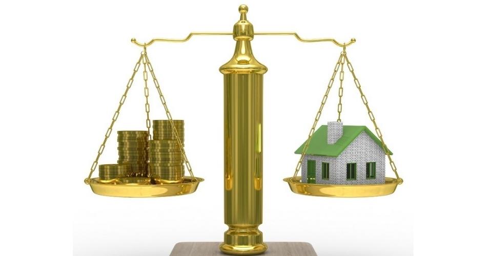 Mídia indoor, casa, imóvel, investimento, investir, economia, balança, apartamento, compra, negócio, comparação, crédito, moeda, equilíbrio, finança, previsão, ganho, fundo, pagamento, compra, venda, aluguel, habitação, financiamento