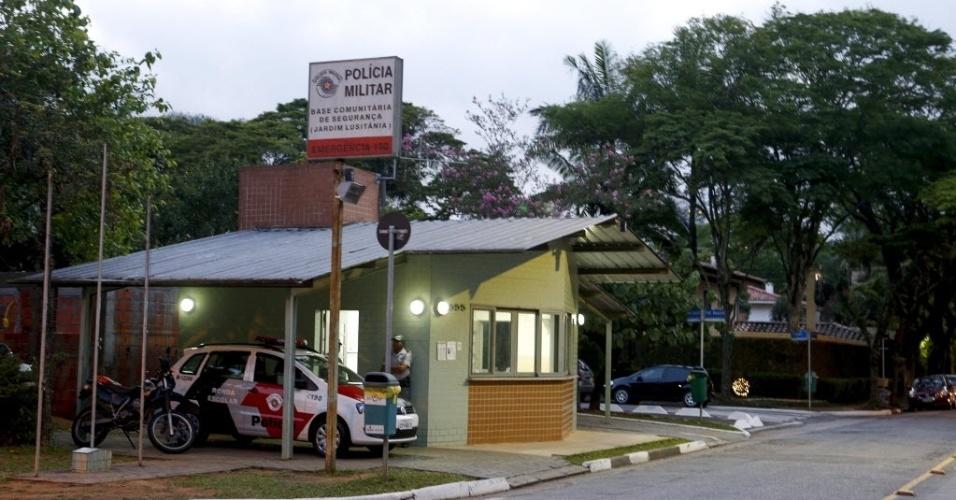 17.dez.2013 - Por economia os policiais da 2ª Companhia do 12º Batalhão da PM estão proibidos de rodar mais de 40 km com os carros durante um turno de 12 horas de patrulhamento na região da Vila Mariana