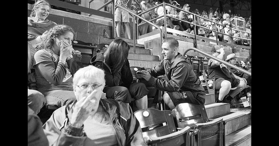 O site 'Buzfeed' elegeu os photobombs (quando algo ou alguém aparece inesperadamente em uma foto, provocando um efeito engraçado) que mais se destacaram em 2013. A lista inclui animais, pedidos de casamento e até personalidades famosas, como a cantora Beyoncé, o presidente americano Barack Obama e o ator Kevin Spacey