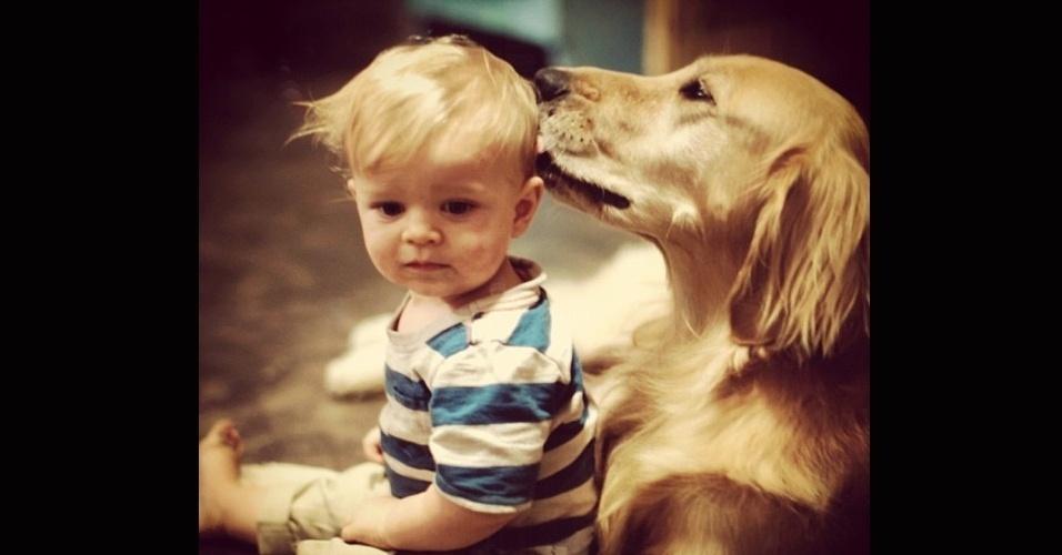 19.dez.2013 - ... assim como ter um cão para fazer carinho nos momentos não tão bons