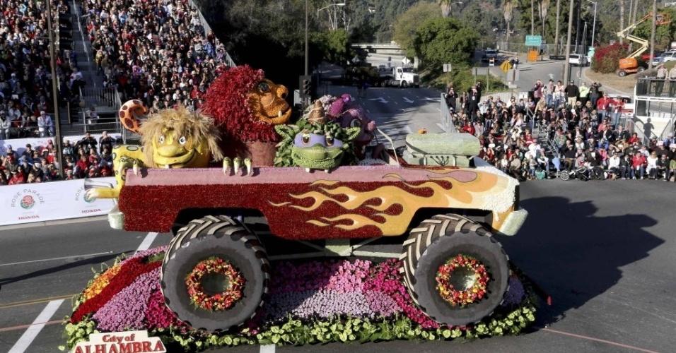 1°.jan.2014 - Multidão acompanha a tradicional Parada das Rosas, em Passadena, Califórnia (EUA). O tradicional evento ocorre no primeiro dia do ano desde de 1890