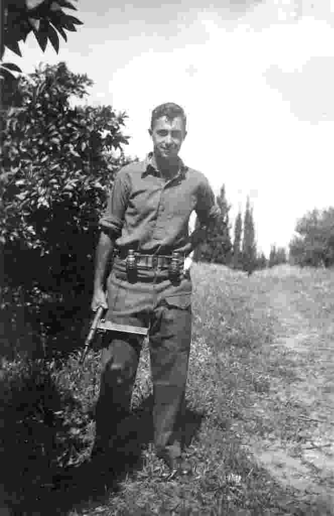 3.jan.2014 - Imagem de arquivo, retratada em fevereiro de 1948 pelo Exército israelense mostra o ex-primeiro-ministro Ariel Sharon - AFP