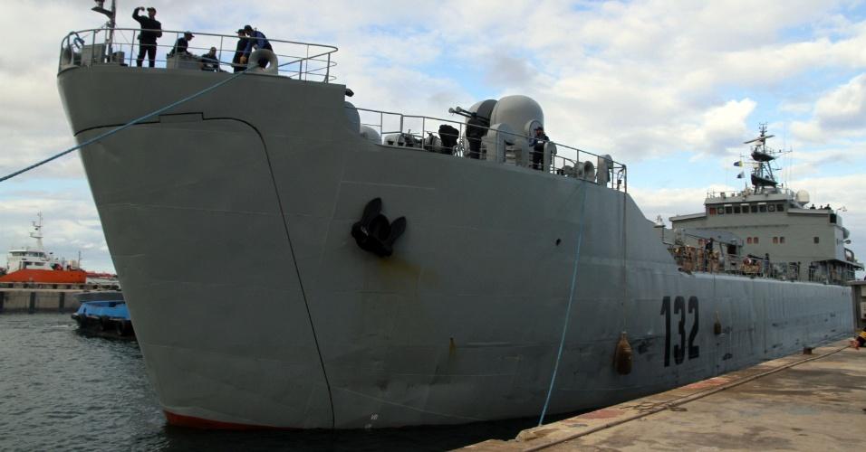 8.jan.2014 - O primeiro-ministro da Líbia, Ali Zeidan, alertou nesta quarta-feira (8) os navios petroleiros que tentam chegar a portos ocupados por um grupo armado para não se aproximarem ou correrão o risco de serem afundados pela Marinha