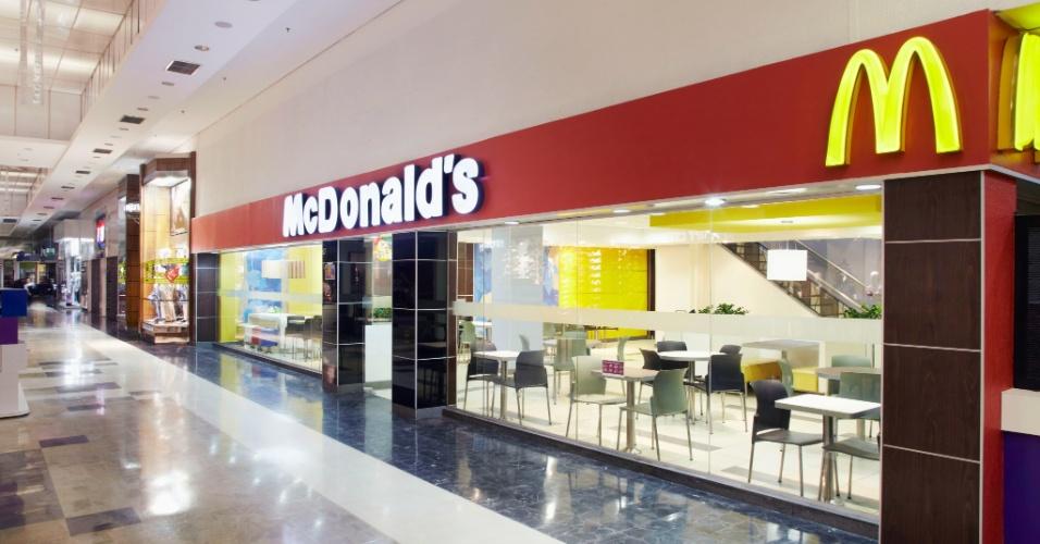 Restaurante do McDonald s no Shopping Aricanduva, zona leste de São Paulo 0e9c997a16