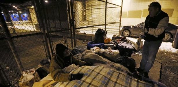 Nos EUA, o número de brancos em situação de pobreza supera em 8 milhões o de negros - Jim Young/Reuters