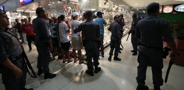 Rolezinhos em shoppings haviam diminuído após programas da Prefeitura de SP