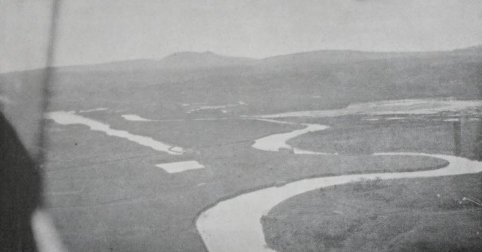 Meandros do rio Tietê antes retificação realizada na primeira gestão de Prestes Maia (1938-1945)